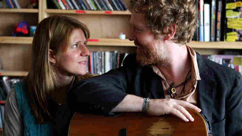 Glen Hansard and Marketa Irglova of The Swell Season