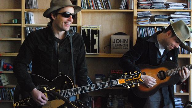 Jakob Dylan performing a Tiny Desk Concert at NPR with Neko Case and Kelly Hogan. (NPR)