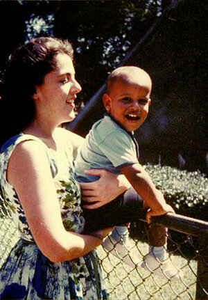 A young Barack Obama and his mother