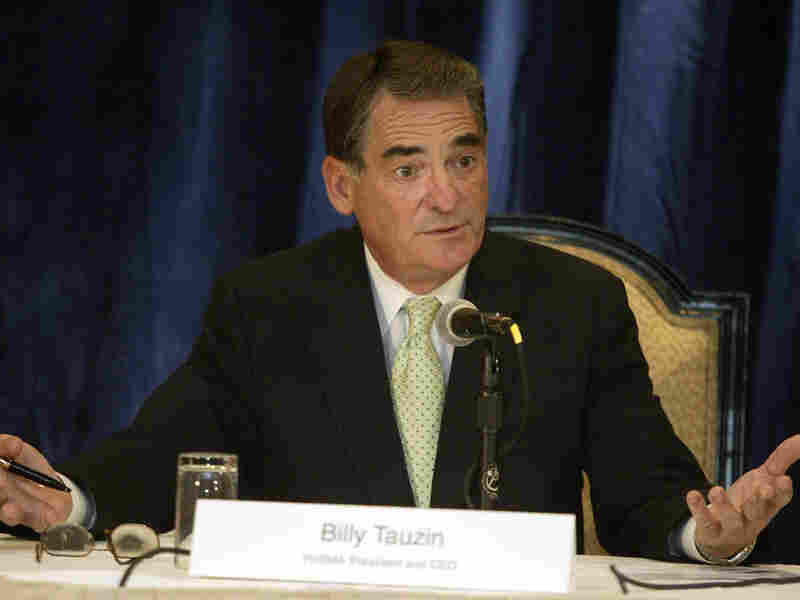 Billy Tauzin speaks during a conference in 2005.