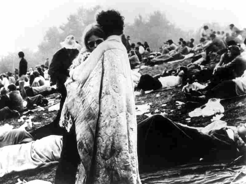 A couple hugs during Woodstock
