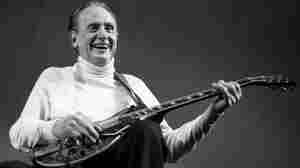 Guitar Legend And Innovator Les Paul Dies