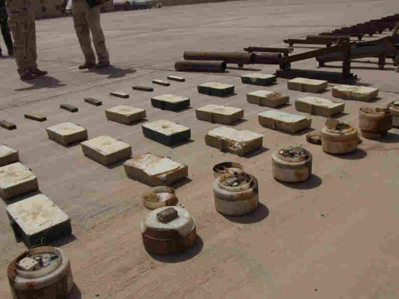 Weapons confiscated by Iraqi and U.S. soldiers at the Iran-Iraq border