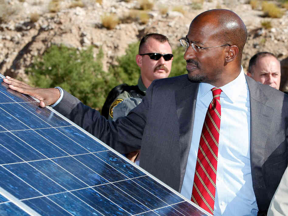 Van Jones visiting a solar-powered emergency station