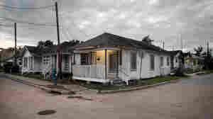 Shotgun houses in Houston's Third Ward.