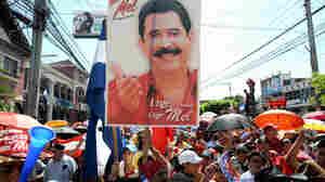 Supporters of ousted Honduran President Manuel Zelaya