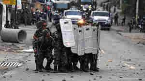 Wide A photo gallery of this week's event in Tegucigalpa, Honduras.  Deposed Honduran President Manu
