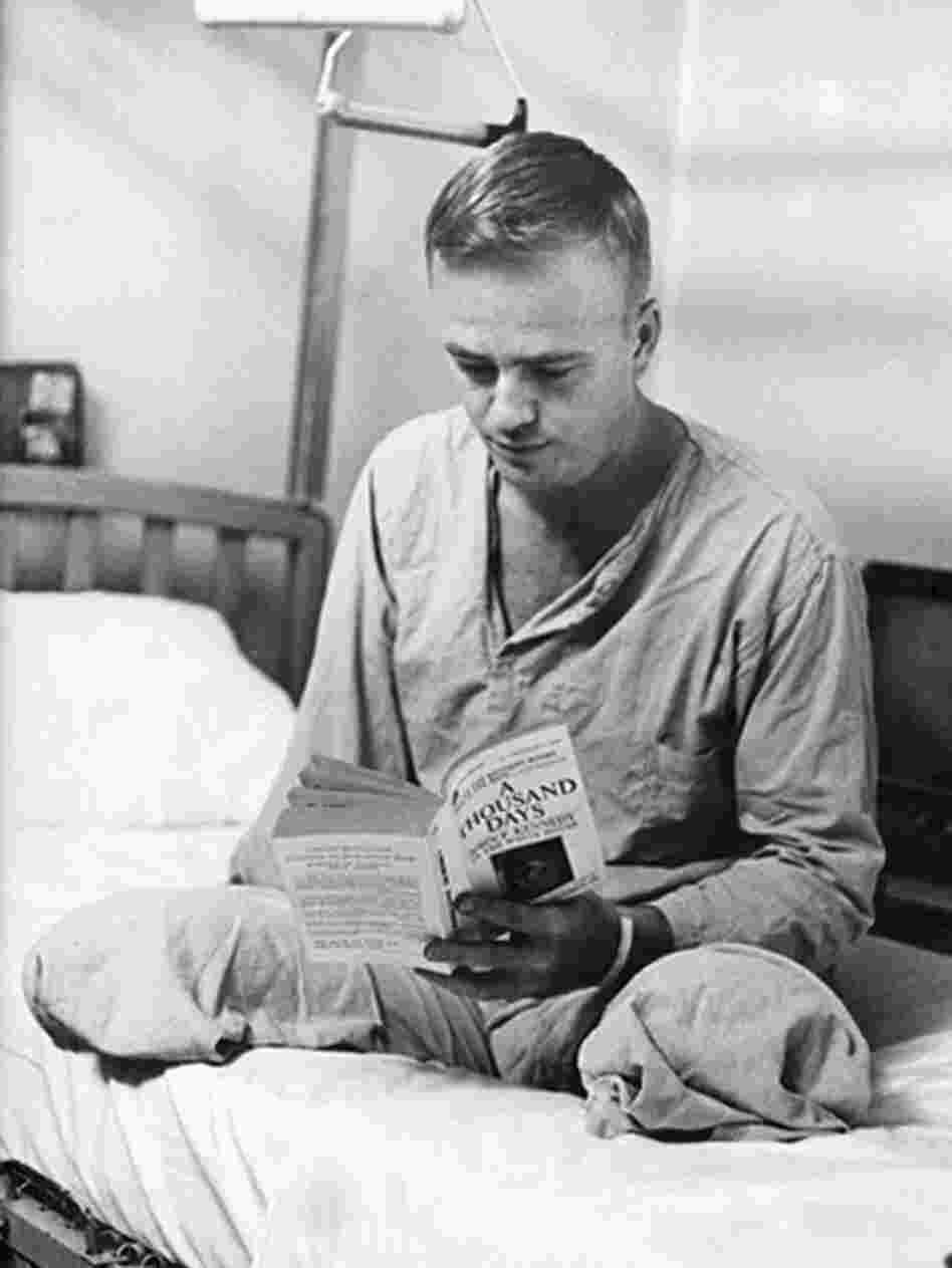 Cleland recuperates at Walter Reed Army Medical Center after his injury in 1968.