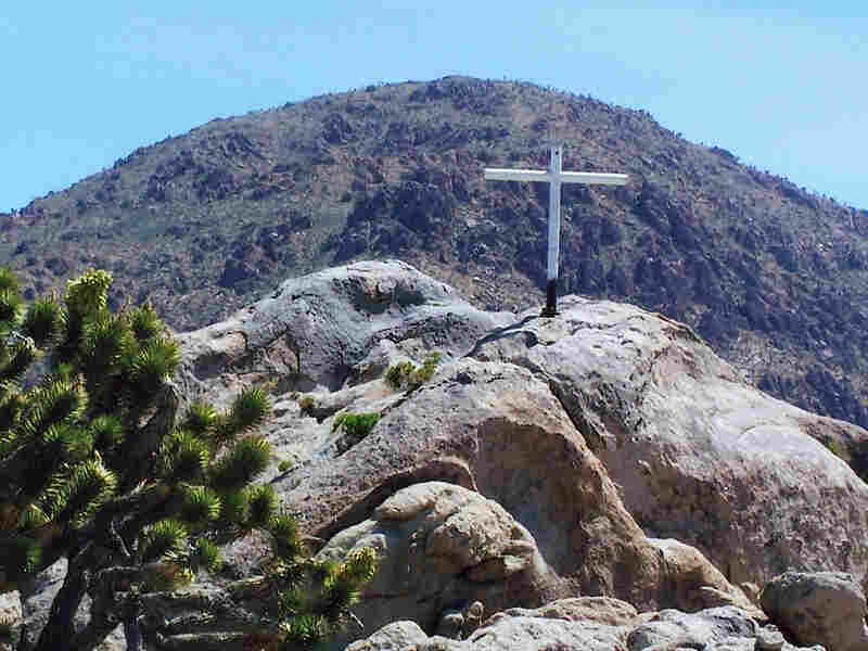 The memorial cross at the Mojave National Preserve is on land owned by the Veterans of Foreign Wars.