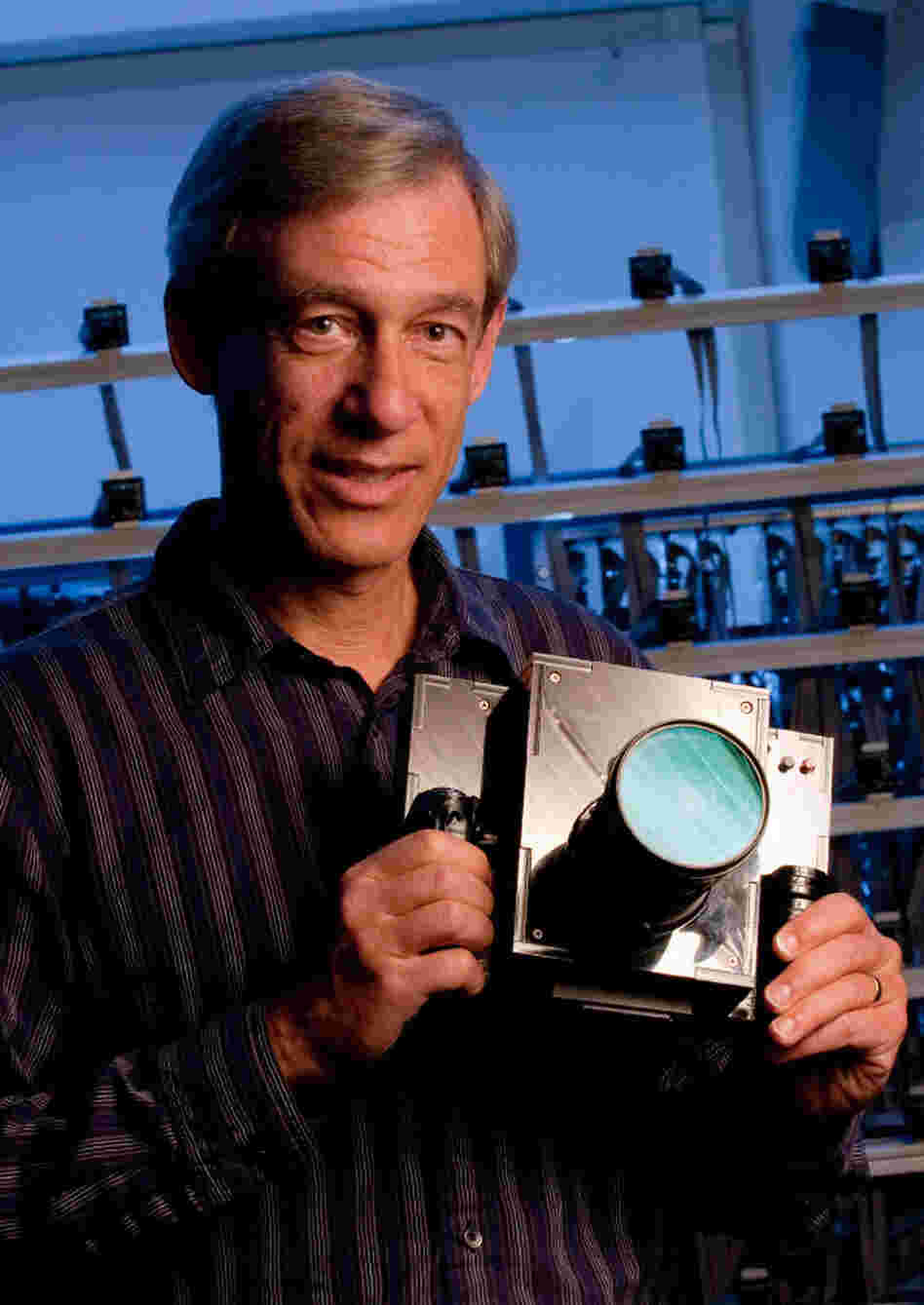 Professor Marc Levoy shows off his Frankencamera.