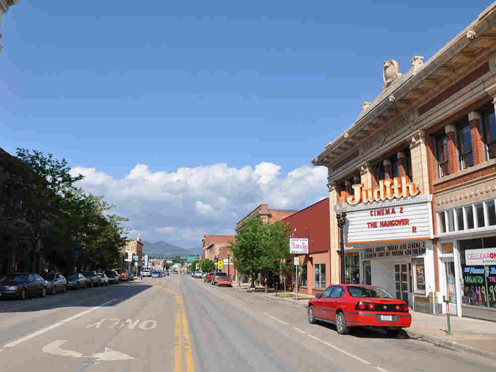 Main Street in Lewistown, Mont. Jesse Shapins/Mapping Main Street