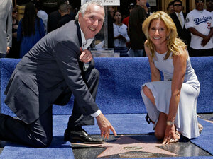 L.A. Dodgers owners Frank and Jamie McCourt at the team's star on the Hollywood Walk of Fame