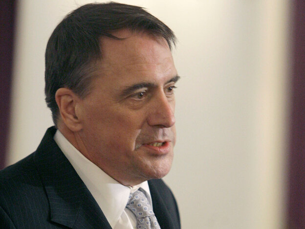 Former U.S. diplomat Peter Galbraith, shown here in 2007, is a longtime adviser to ethnic Kurdish leaders in Iraq. Galbraith is defending himself against accusations of a conflict of interest over a business deal he made with a Norwegian oil firm.