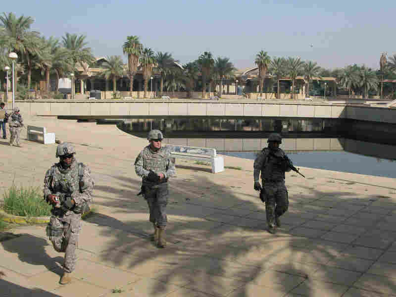 U.S. soldiers visit Baghdad Island
