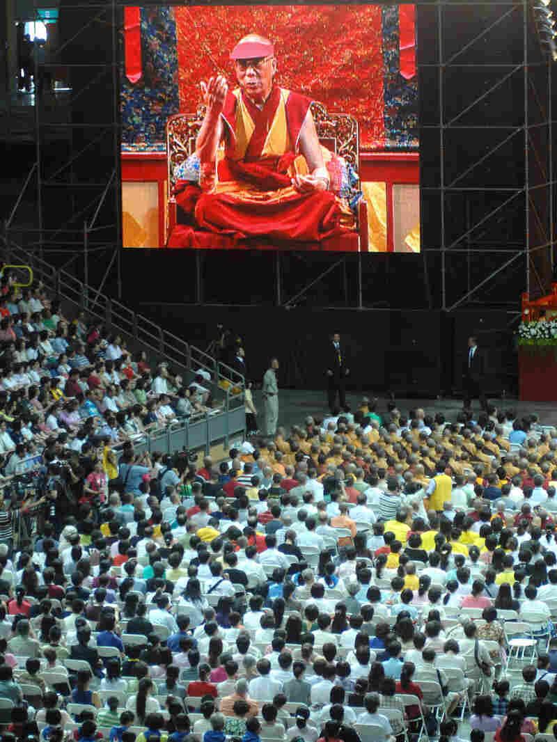 Tibet's spiritual leader, the Dalai Lama, led thousands in prayer in Kaohsiung