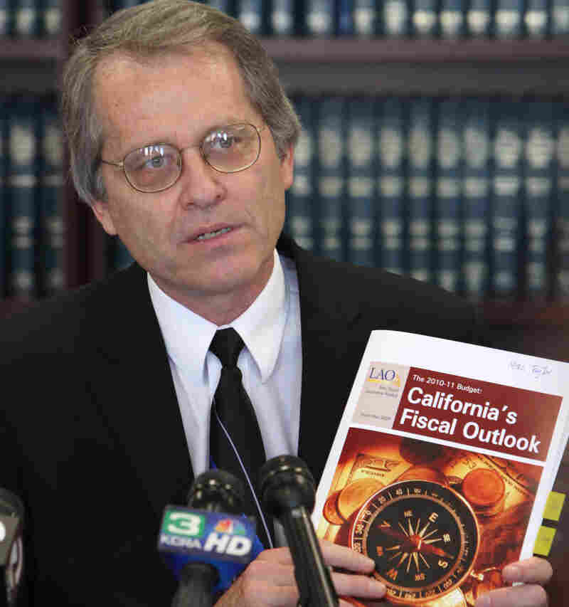 Legislative analyst Mac Taylor says Calif. could face a nearly $21 billion budget deficit