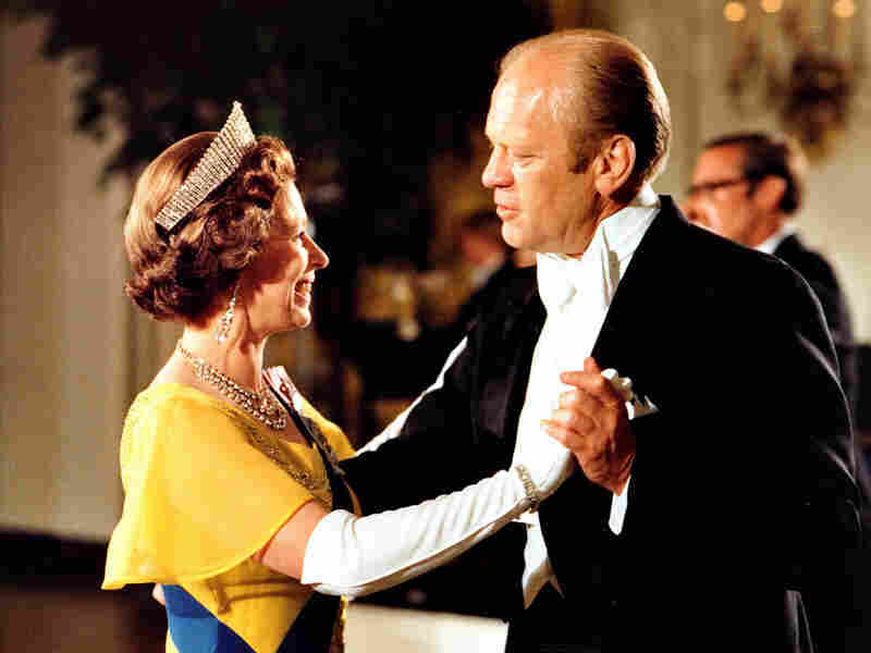 Queen Elizabeth II dances with President Gerald Ford during a state dinner held in her honor in 1976
