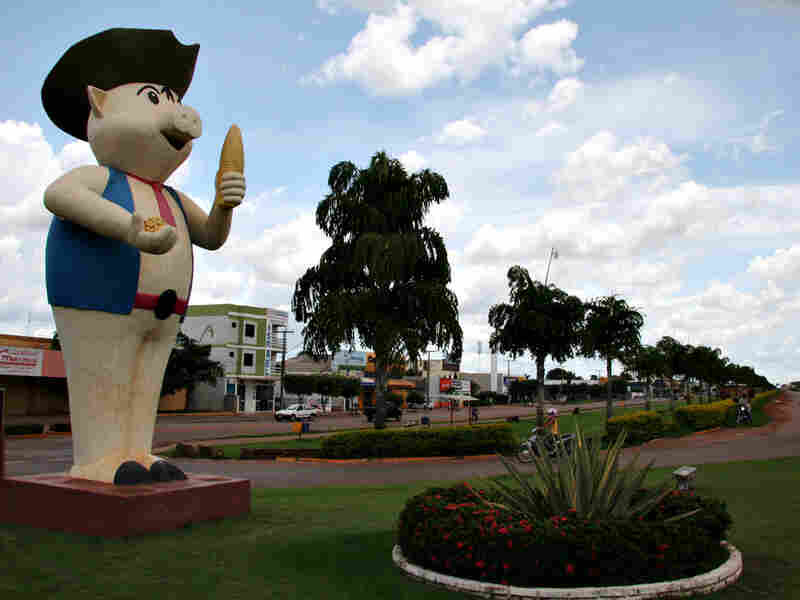 'Lucasinho' welcomes visitors to Lucas do Rio Verde