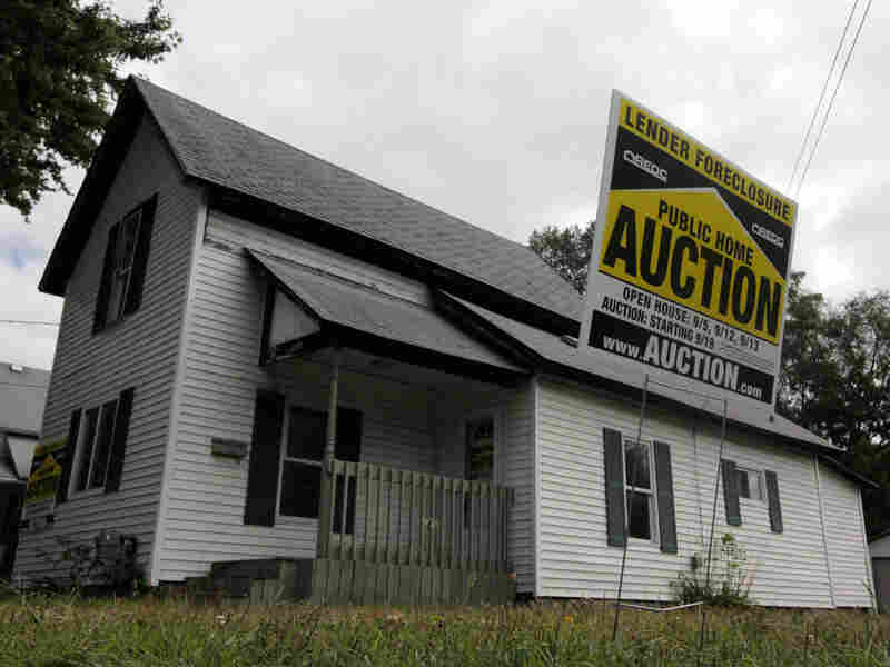 A foreclosed home in Owosso, Mich.  Paul Sancya/AP