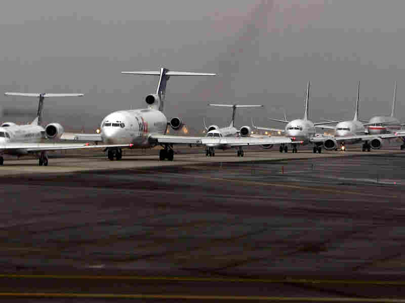 Airplanes line up
