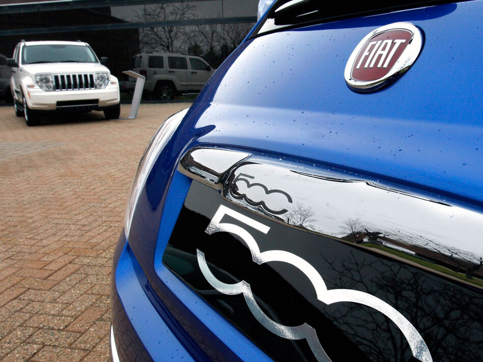 Chrysler, which partnered with Fiat this year, doesn't plan to unveil any new vehicles at the Detroit Auto Show next month. Instead, it plans to produce smaller cars in the Fiat line, including the Fiat 500.