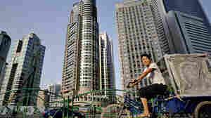 W: Shanghai's financial district