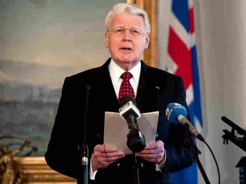Icelandic President Olafur Ragnar Grimsson speaks to the nation.