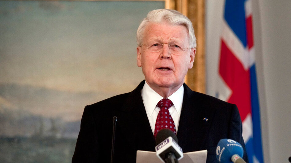 In a speech televised to the nation, Icelandic President Olafur Ragnar Grimsson announces Jan. 5 in Reykjavik that he will not sign a controversial bill to repay the British and Dutch governments, instead referring the issue to a referendum.