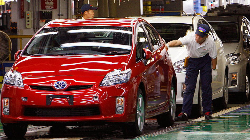 The Transportation Department has begun an inquiry into the 2010 model of the popular Toyota hybrid. (AP)
