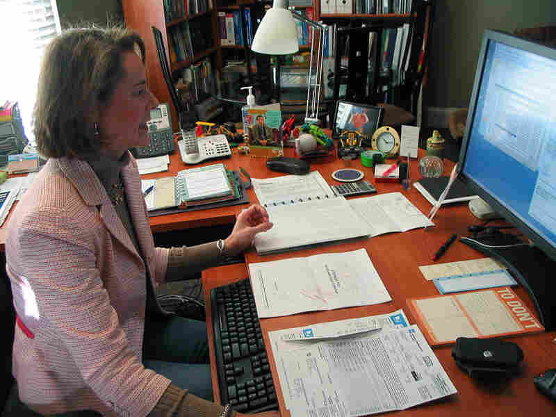 Laura Schoppe founded a company whose entire staff is required to work from home.