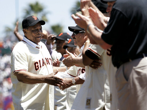 [Interactive:Photo Gallery: Willie Mays' Baseball Career]