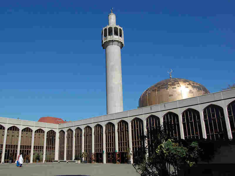 Regents Park Mosque where Farouk Umar Abdulmutallab attended while living in London.
