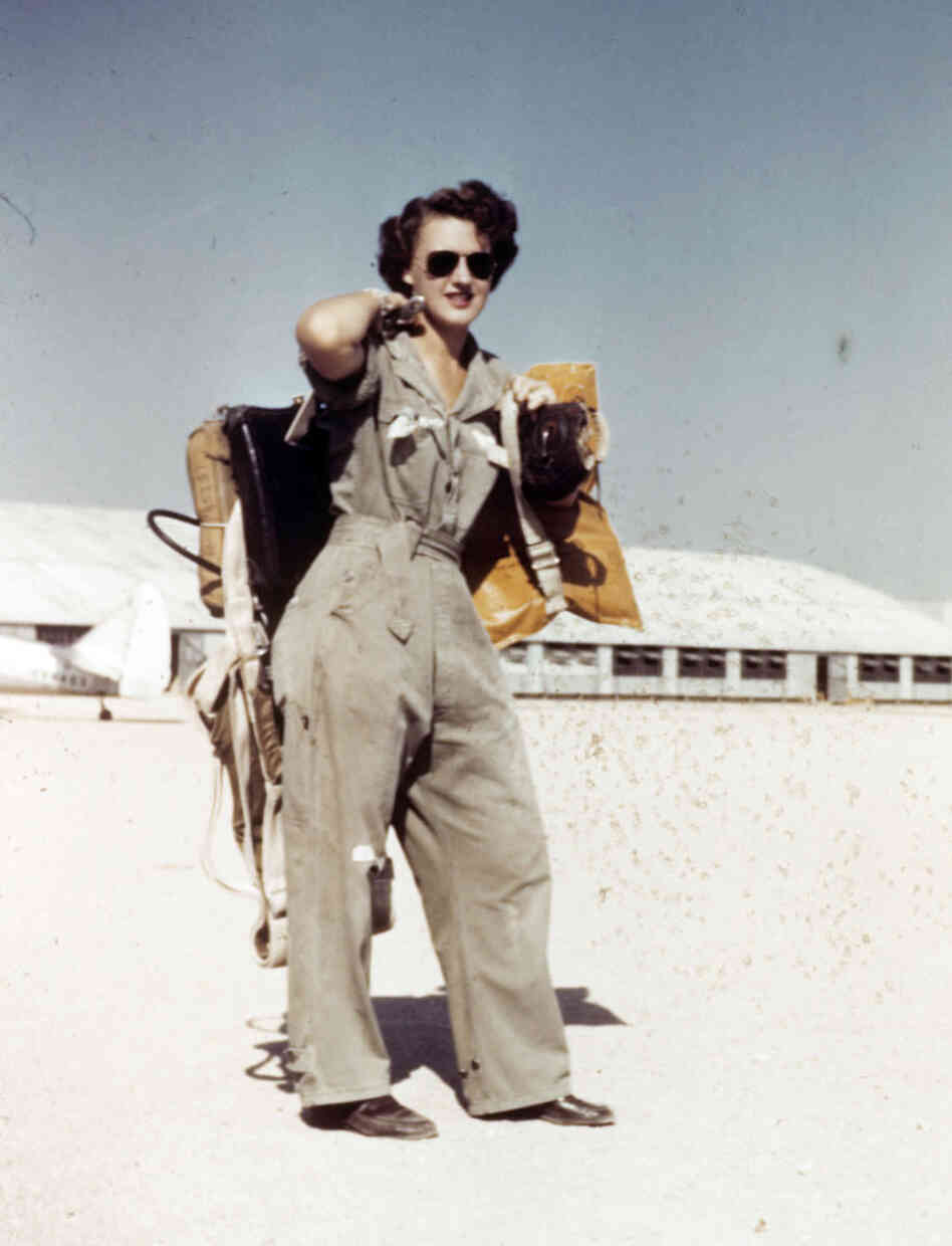Lillian Yonally at Avenger Field in Sweetwater, Texas, in 1943.