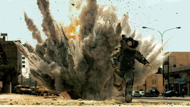 Explosion scene in 'The Hurt Locker'