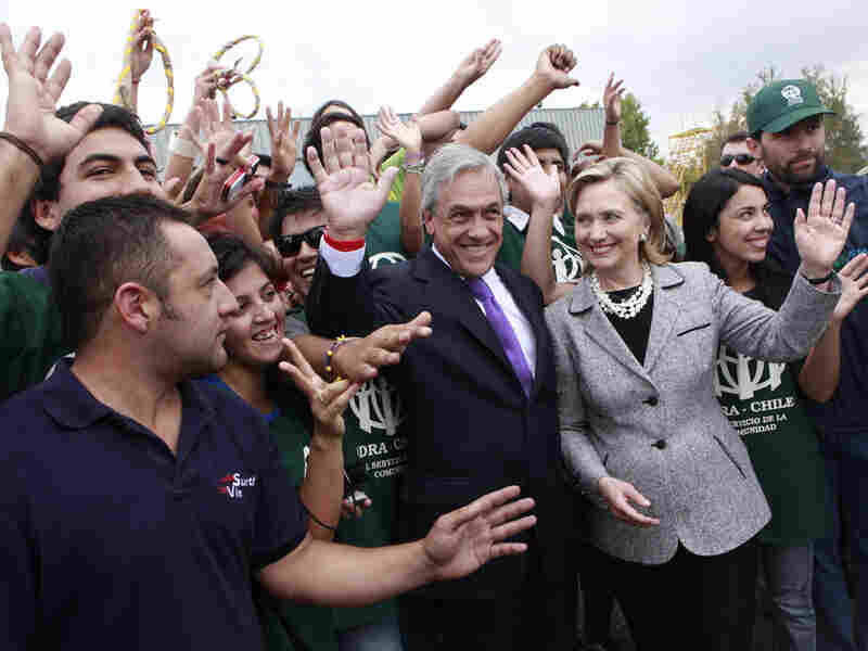 Chile's president-elect, Sebastian Pinera (left), and U.S. Secretary of State Hillary Clinton