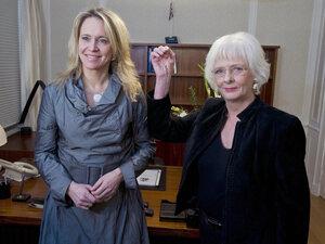 Prime Minister Johanna Sigurdardottir and predecessor Thogerdur Katrin Gunnarsdottir