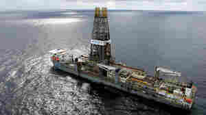 Obama Ends Ban On East Coast Offshore Drilling