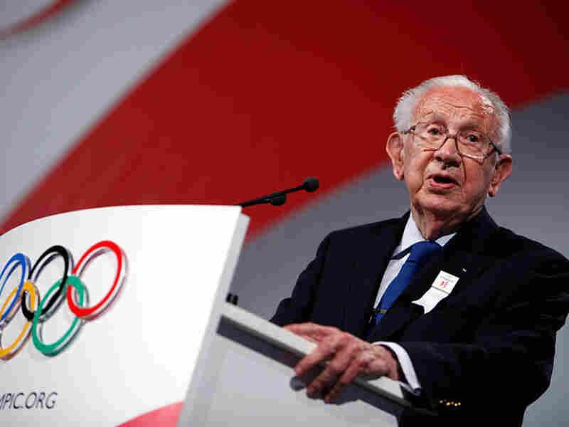 Juan Antonio Samaranch presented Madrid's bid for the 2016 Olympics last year in Copenhagen.