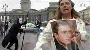 Opposition activists in Saint Petersburg in 2005. Sergei Kulikov/AFP/Getty Images