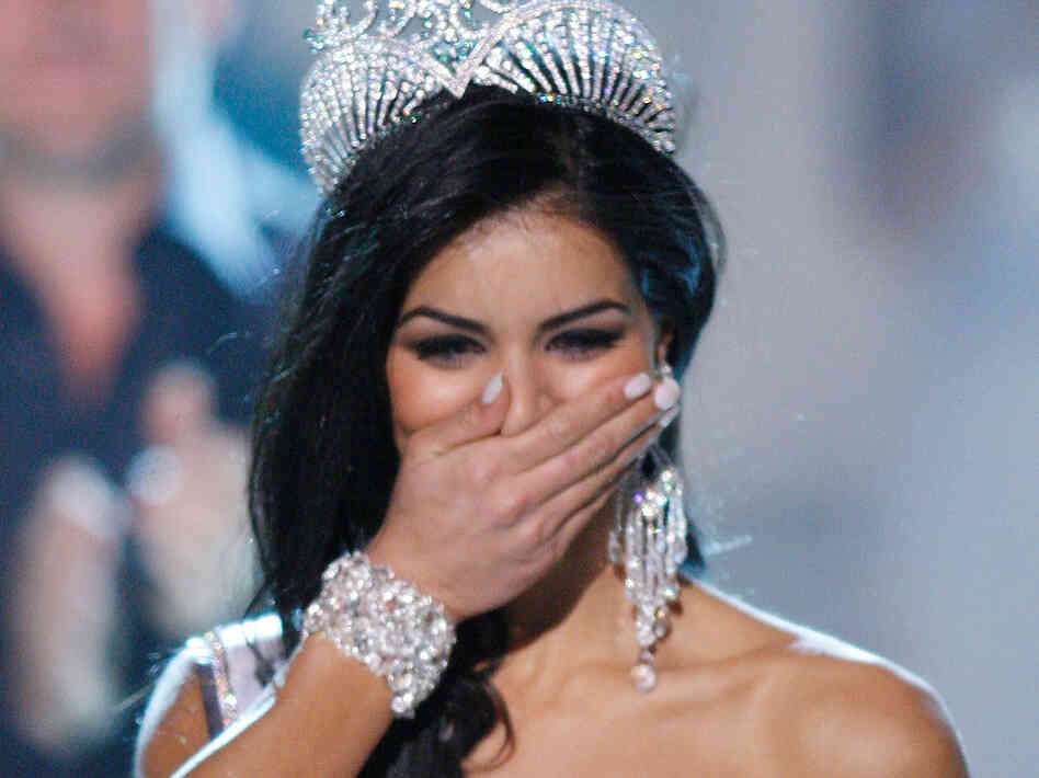 Gay Marriage Row At Miss Usa Show 38