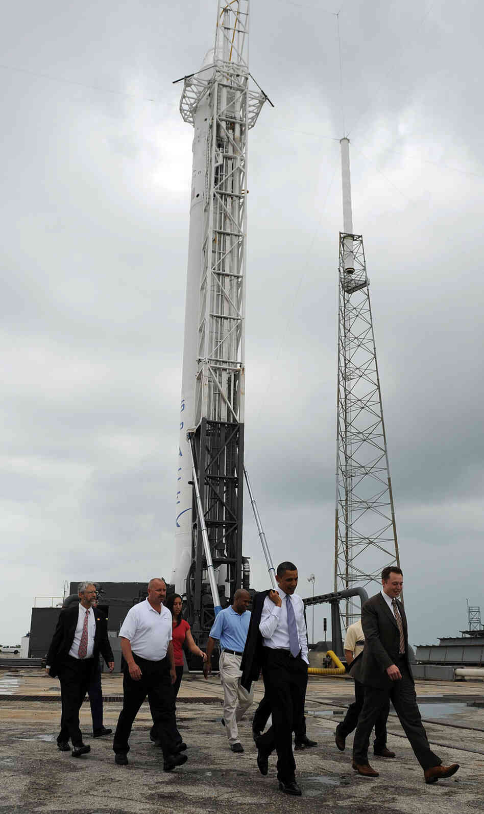 President Obama tours the SpaceX launch pad at the Kenned