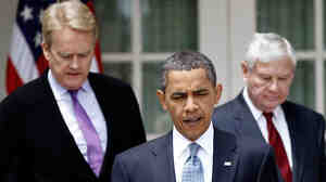 President Obama, flanked by ex-EPA Administrator Bill Reilly (left) former Florida Sen. Bob Graham.