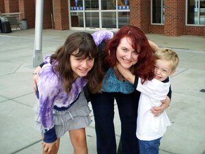 Dawn Gallina and her children, Lily and Kelly