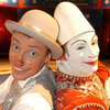 Paul Carpenter, aka Popol (right), and his clown friend Kakehole run pre-show therapy sessions.