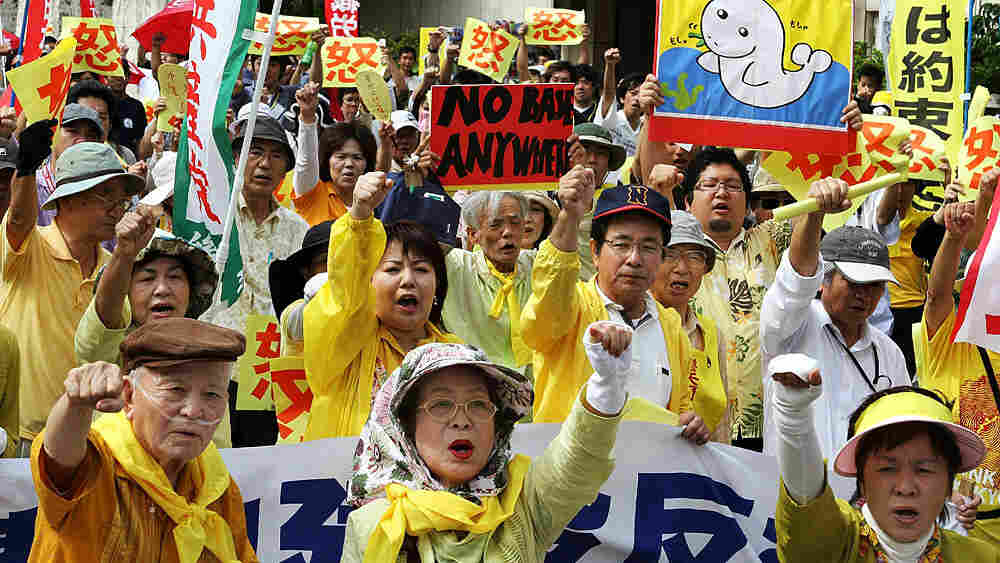 Okinawans protest in May