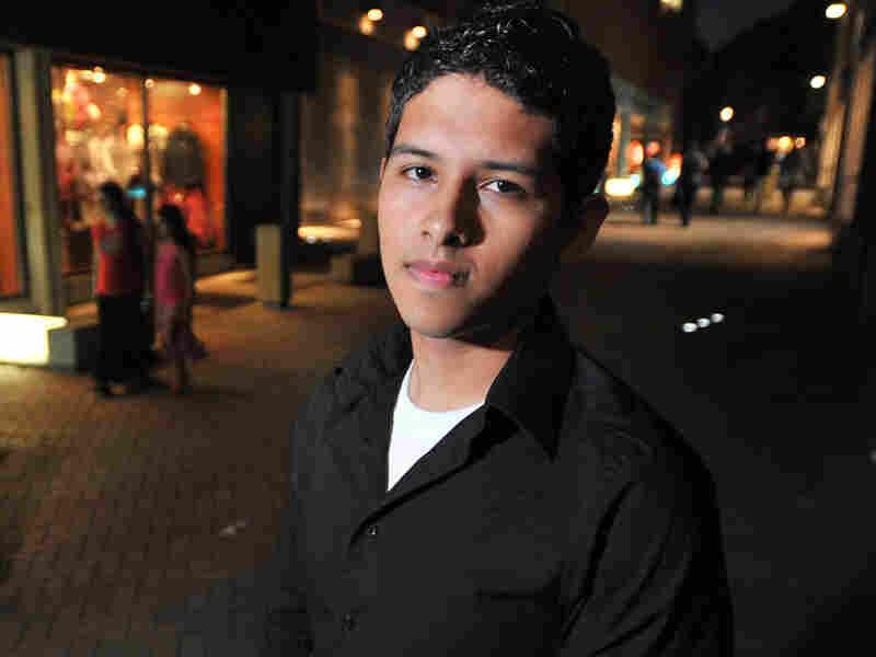 Undocumented Harvard Student Eric Balderas
