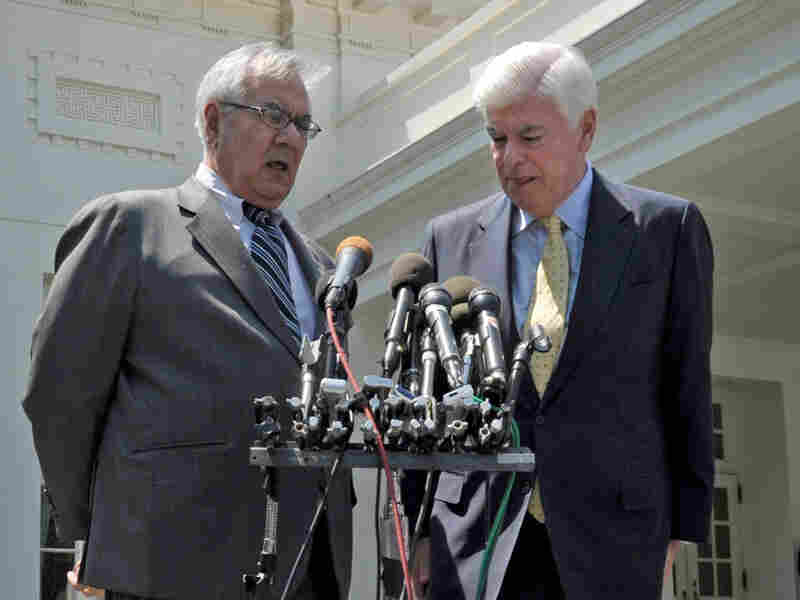 Rep. Barney Frank (left) and Sen. Christopher Dodd speak to the media in May.