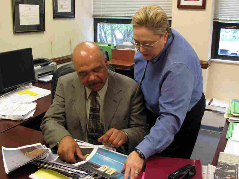 Assistant district attorneys Drew Robinson and Cynthia Lecroy-Schemel