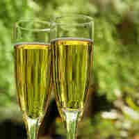 Sparkling Wines To Keep Your Summer Bubbly