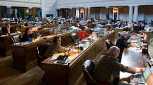 Nebraska lawmakers vote on a bill banning abortion